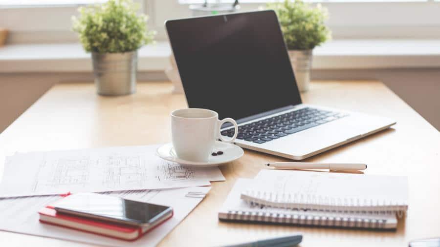 In diesem Artikel zeige ich dir, wie du deine nächste Klausurvorbereitung besser organisieren kannst und nebenbei auch noch erfolgreicher im Studium wirst,