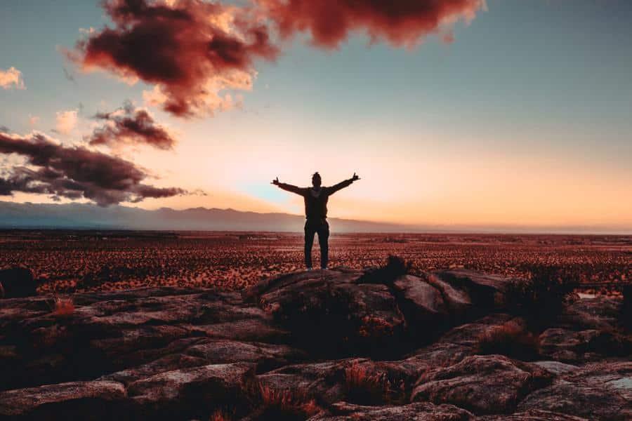 Studienziele helfen dir dabei, erfolgreich zu studieren. In diesem Artikel zeige ich dir, wie du deine Ziele Schritt für Schritt erreichen kannst.