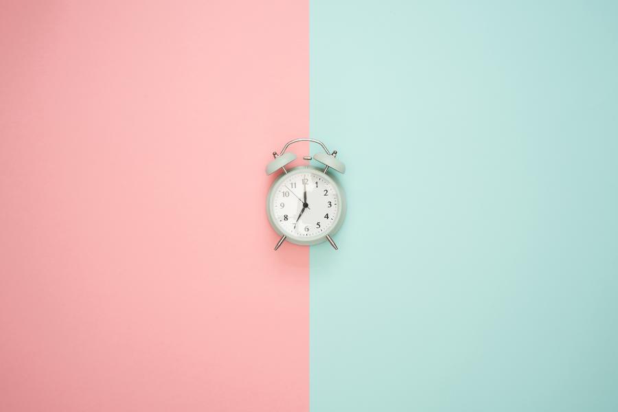 In diesem Artikel lernst du, wie du deine persönliche Leistungskurve findest und deinen Lernrhythmus so anpasst, dass du besser lernen kannst.