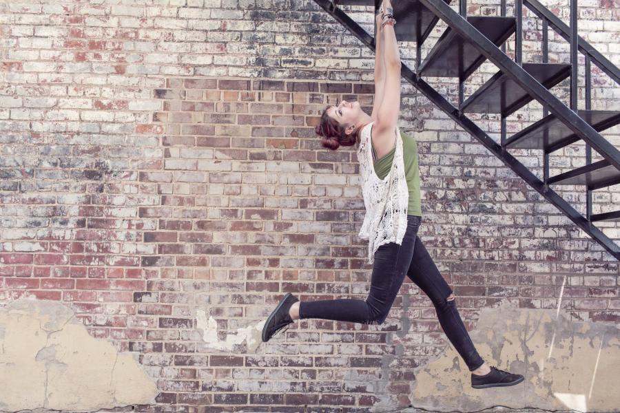 Der Cliffhanger-Effekt (Zeigarnik-Effekt) kann dich vom Lernen abhalten und damit deinen Erfolg im Studium verhindern. Diese Tipps und Strategien helfen dir...
