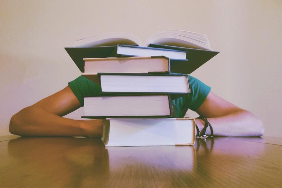 Lernen mit ADHS stellt viele Schüler und Studenten vor große Schwierigkeiten. In diesem Artikel lernst du, wie du mit ADHS konzentriert lernen kannst...