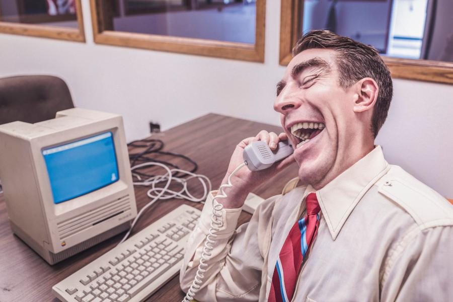 Die wichtigsten Verhaltensregeln für Videokonferenzen - Tipps und Tricks!